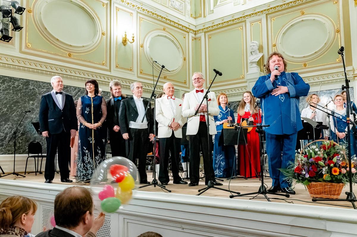 болевые поздравление с днем рождения дирижеру военного оркестра признается, что давно
